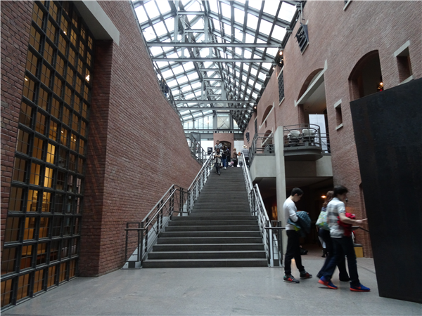 Inside the Holocaust Museum