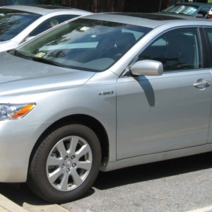 The Toyota Camry Hybrid 2006.